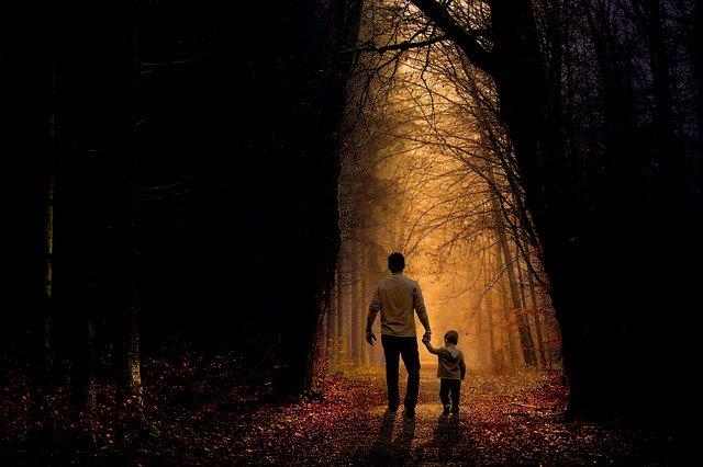 Un padre logra la custodia compartida de su hijo a causa del nacimiento de una nueva hija fruto de otra relación